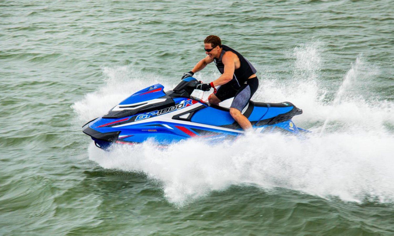 2020-Yamaha-GP1800RSVHO-EU-Azure_Blue-Action-006-03_2020_05_09_39043418_large