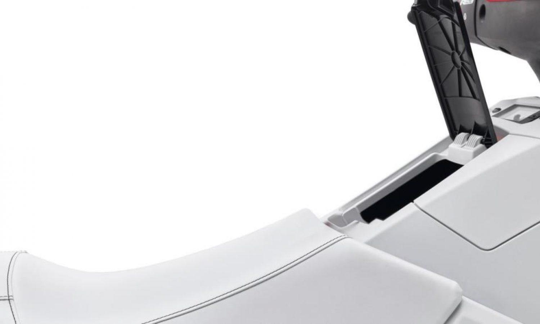 2021-Yamaha-EXLIMITED-EU-Detail-007-03_2021_02_02_36941551_large