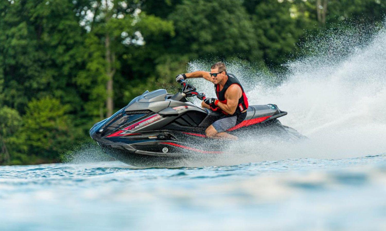 2021-Yamaha-GP1800RHO-EU-Black-Action-005-03_2021_02_02_38192270_large