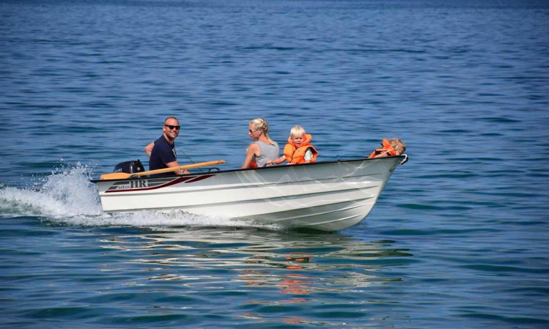 hr-boat-hr445std-01